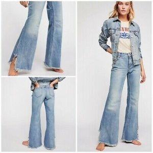 Free people vintage flare jeans 25 raw hem denim